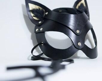 Golden Kittin' Mask