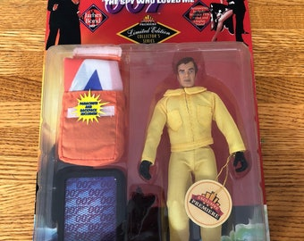 """James Bond  Collectible action figure """"the spy who loved me"""""""