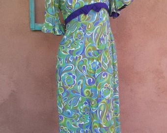 ON SALE Vintage 1960s Paisley Dress Empire Waist Juliette Style 60s Maxi US 6 B36 W27