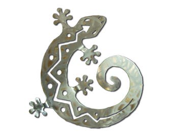 Gecko Lizard Metal Wall Art - C Shaped - Silver Swirl Finish