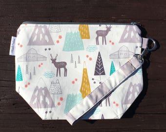Small Knitting Project Bag - Reindeer Mountain Project Bag - Knitting Bag - Sock Size Bag - 1 to 2 Skein Project Bag