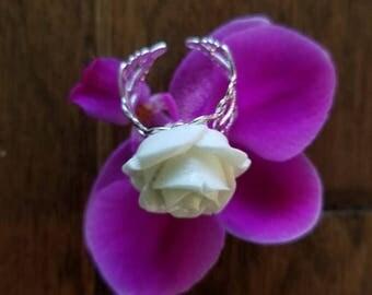 Vintage Look White Rosebud Ring