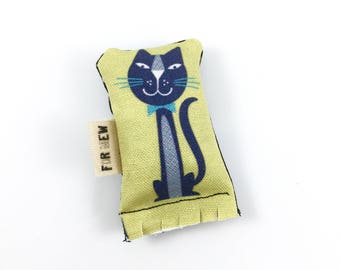 Black Kitty Green Bean Organic Eco Friendly Catnip Cat Toy For Mew, Gift For Cat Lover