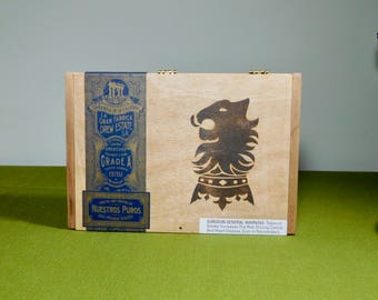 Wood Hinged Cigar Box Undercrown Flying Pig Craft Supply Nicaragua