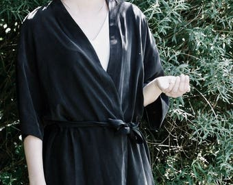 NEW Black Silk Dress Kimono. Japanese Inspirer Women's Kimono. Holiday, Cocktail Bridesmaid Robe. Fall Fashion. Olivia FW17