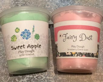 2 pack of 10 oz Ounces Scented Play Dough Fairy Dust Glitter Sparkles in Strawberry and Sweet Apple Birthday Party Favors Kids