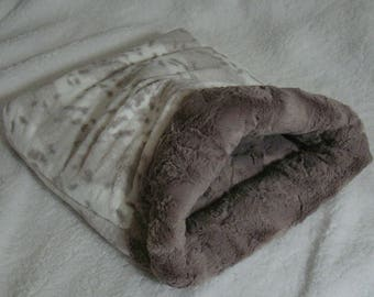 """Snuggle Sack- Pouch for Hamster, Sugar Glider, Mice, Rat, Guinea Pig and Hedgehog - Silver Snow Lynx Minky Fur - 9""""x9"""""""