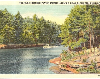 The River from Cold Water Canyon Entrance, Dells of Wisconsin River , Wis Vintage 20's - 40's Linen Postcard