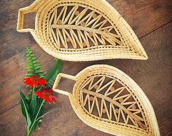 Turning Over A New Leaf... Vintage Wall Basket Woven Leaf Basket Nesting Pair Decorative Hanging Basket Boho Modern Farmhouse Home Decor