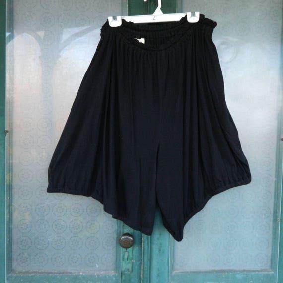 Vintage 1990s Comme des Garcon Short Plus Size Bloomers in Black Cotton
