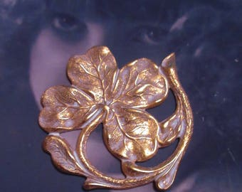 Gold Plated Frosted White Patina Four Leaf Clover Shamrock Stamping 2242WHT x1