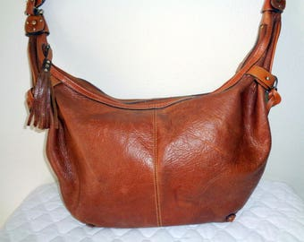 Liz Claiborne Roomy size  slim hobo purse handbag vintage , top zip closure, single strap  brown  thick rugged genuine leather 90s pristine