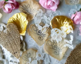 Wedding Table Runner Burlap and Lace/Rustic Bridal Shower decorations/Wedding Confetti Toss/Wedding Aisle Runner Ideas/Send Off/Table Runner