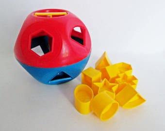 Tupperware Shapes Ball Shape-O-Ball Set, Shape Sorter Red Blue Yellow Blocks, Classic Learning Toy, Puzzle Ball