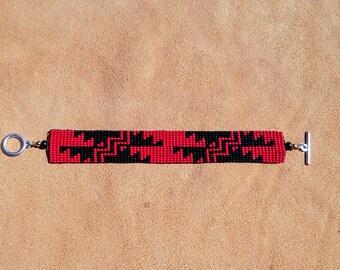 GRIZZLY. Basket Weave design. Yurok Karuk. Hupa.
