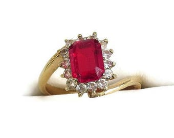 Rhinestone Ring signed 14K GEP Vintage Ruby Red and Clear Size 8