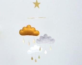 Gold baby mobile-baby gift idea- mobile bébé, bebé móvil.Boy Nursery Decor-Cloud Mobile -Nursery Decor-baby-Neutral Baby Nursery mobile,
