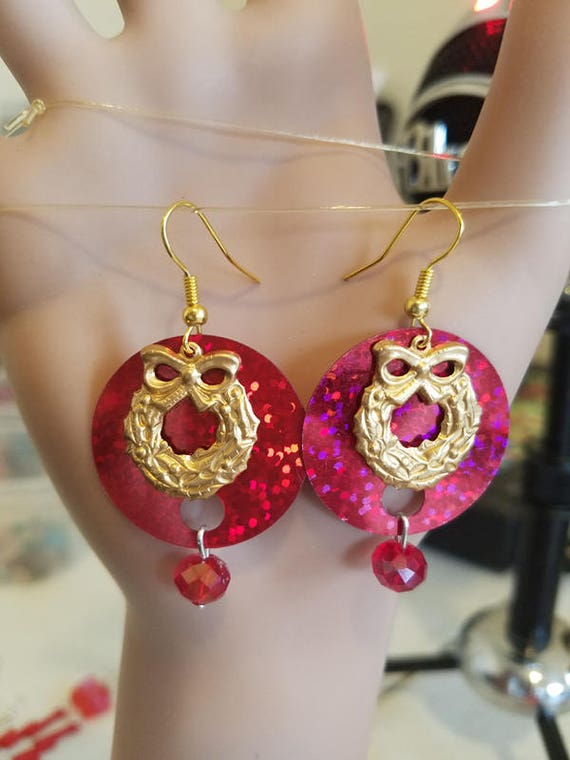 Christmas Wreath earrings bead drops dangles gold red sequin charms handmadechristmas holiday womens jewelry