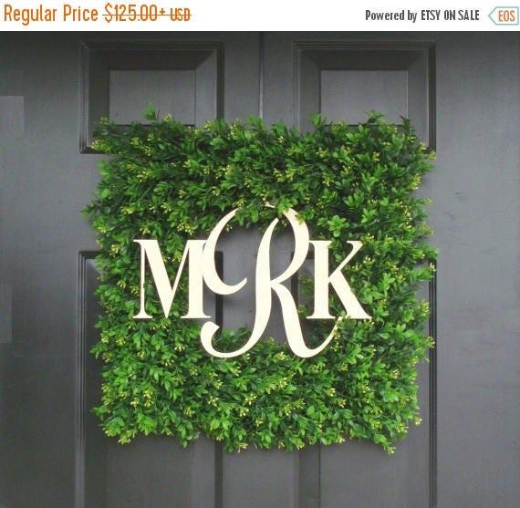 SUMMER WREATH SALE Monogram Boxwood Wreath, Wedding Gift, Custom Monogram Wreath, Housewarming Gift,  Wedding Decor 20 Inch