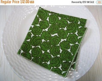 SALE Cloth Napkins Floral Green Roses Set of 6