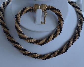 """Black Beaded, Gold tone Mesh Twisted Necklace, Bracelet Set, Demi Parure,  Vintage, 15"""", 7"""" (TB87)"""