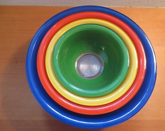 RESERVED Vtg Nesting Pyrex Mid Century Mixing Bowls / Blue Red Yellow Green / Primary Colors