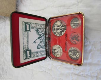 Vintage Money Compact Money Case New in Box