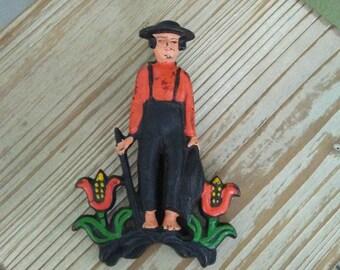 Vintage Wilton Cast Iron Amish Man Kitchen Wall Clip