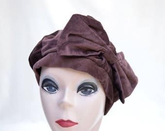 Vintage Brown Velvet Beret / 1980's Velvet Hat / Vintage Womens Beret / Vintage Womens Velvet Beret With Bow / Velvet Beret
