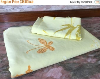 Christmas Sale Vintage 1970s Sheet BUTTERFLIES AND BAMBOO Twin Flat and Pillowcase Butter Yellow Springmaid Wondercale
