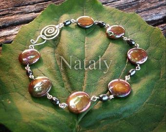 Mother of Pearl Dainty Bracelet - Sterling Silver Wire Wrapped Boho Bracelet Femme - Hematite Bracelet - Sister Bracelet - Gold Bracelet