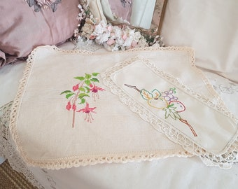 2 vintage doilys, pair of doilys, fall and spring, one needs TLC, fuschia embroidery, 1950s home