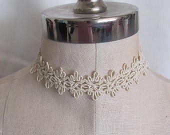 Beautiful Ivory  Lace Necklace Choker