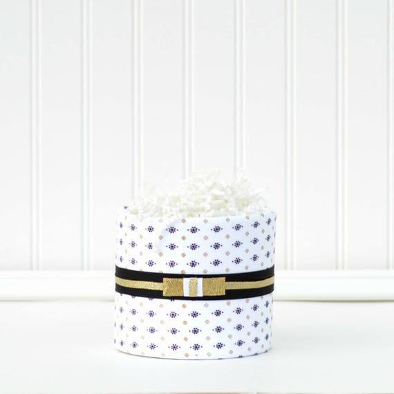 Gold Black Baby Gift, Modern Baby Shower Gift, Chic Baby Shower, Black Gold Baby Shower Decor, Diaper Cupcake, Mini Diaper Cake Decor