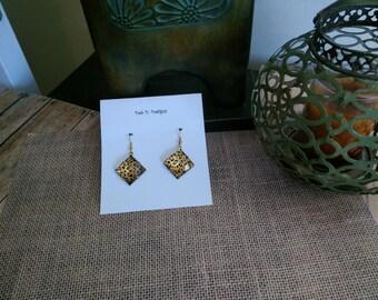 Cheetah patterned earrings
