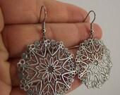 Round Antiqued Silver Filigree Earrings,  Silver Earrings, Snowflake Earrings