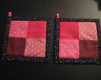 Spots in Red and Pink  Kitchen  Potholder Set