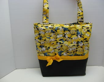 Minions A-Plenty Tote Bag with Five Pockets Inside!