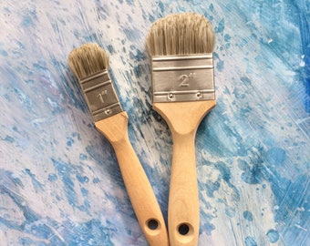 Hand shaped customised paint brush