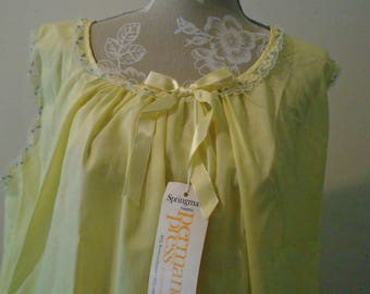 Springmaid Fabric Yellow Vintage Night Gown  Size XL