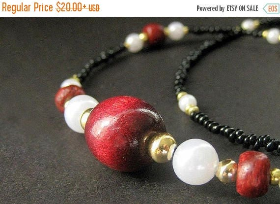 SUMMER SALE Badge Lanyard. Cherry Red Eyeglass Chain. Black Beaded Glasses Necklace. Dark Red Badge Necklace. Eyeglass Holder. Handmade ID L