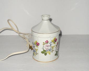 Vintage Oil Burner Night Light Night Lamp Nite Lite by Irice On / Off Switch on the Cord White with Floral design