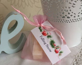 Soy Wax Melts In Organza Gift Bag - Falling Snow Scent