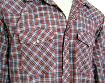 SOFT and THIN 1980s plaid Wrangler WESTERN pearl snap shirt. size m - l