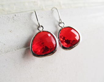 Birthstone Earrings for January, Red Garnet in Silver, Dangle Earrings, January Birthday Gift Idea, Red Jewelry for Valentine's Day Gift