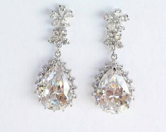 Crystal earrings Silver  Bridal tear drop dangle earrings Rhodium plated  Crystal Wedding jewelry