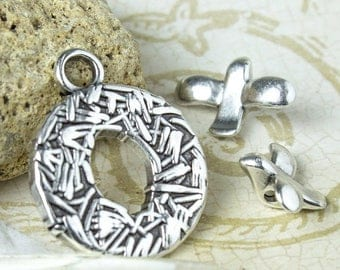 25%OFF Toggle Clasp Bird in Nest Antique silver Unique high quality European metal casting hypoallergenic woodland toggle TH163 - 1pc