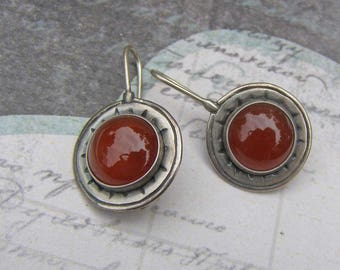 Sterling Carnelian Earrings, Vintage Sterling Silver Jewelry, Vintage Disc Earrings, Artisan Crafted Jewelry, Sun Burst Earrings