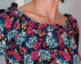 LONG sleeves BLOUSE print flowers
