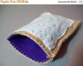 FLASH SALE Pop tart Kindle or eReader cover, pouch, cozy (XL size)